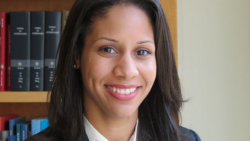 Dr. Carmela Alcántara